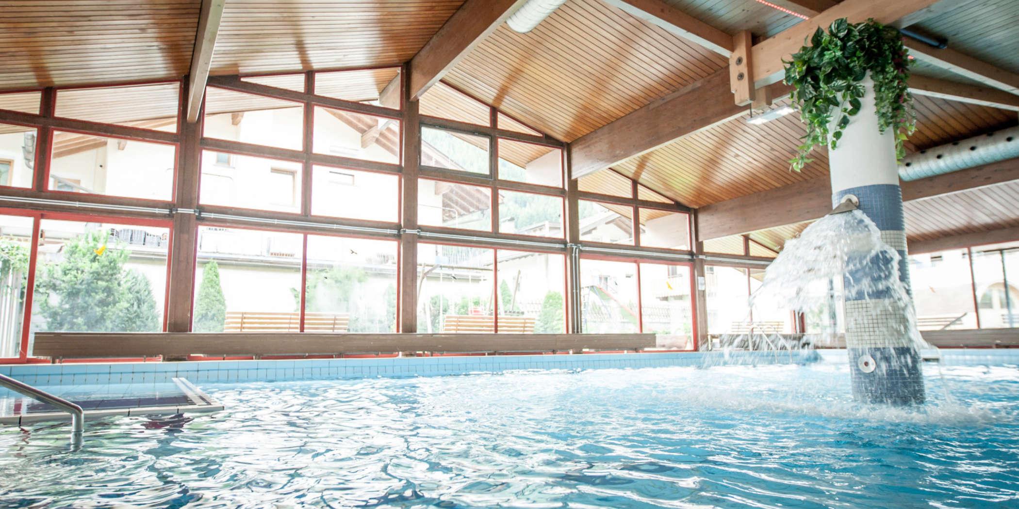 Schwimmbad 07