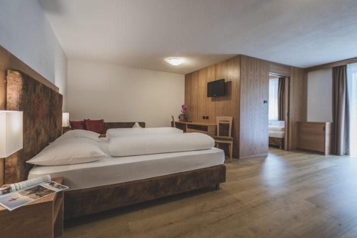 001 Hotel Adler © Kottersteger 180705 Kot 4617